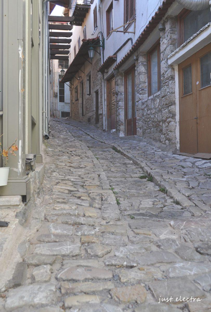 Όμορφα χτίσματα από πέτρα παντού